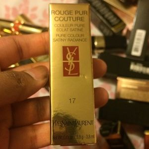 YSL ROUGE PUR COUTURE 17